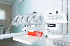 Różnorodny fachowy stomatologiczny narzędzia zakończenie w biurze fotografia royalty free