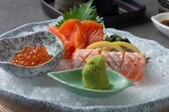 Różnorodny sashimi na ogolonym lodzie zdjęcia stock