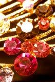 różnorodny złocisty zbliżenia jewellery fotografia royalty free