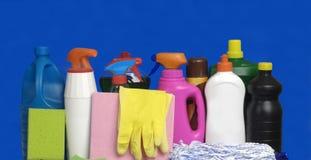 Różny cleaning na błękitnym tle Zdjęcia Royalty Free