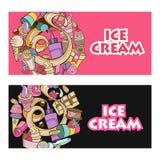 Różny lody z owoc, dokrętkami i polewą, ręka patroszona Obrazy Stock