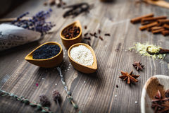 Różny pikantność, ziele i korzeni widok od wierzchołka, Obrazy Royalty Free