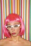 różową perukę kobieta Obrazy Stock