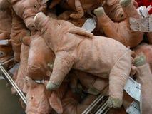 Różowa świnia od miękkiego materiału fotografia stock