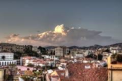 Różowa chmura nad HDR miasta włoscy dachy fotografia stock