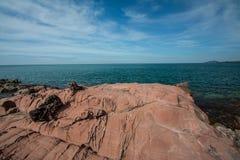 Różowa kamień plaża, Chantaburi, Tajlandia zdjęcia royalty free