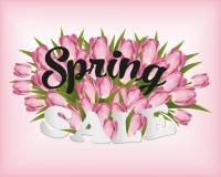 Różowi tulipany pisze list wiosny sprzedaży menchie zamazywali tło Obraz Stock