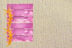 Różowy drewniany żółty rozgwiazdy lata temat fotografia royalty free