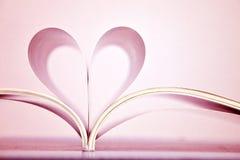 Różowy kierowy kształt książkowe strony Fotografia Royalty Free