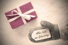 Różowy prezent, rękawiczka, Geburtstag Znaczy wszystkiego najlepszego z okazji urodzin, Instagram filtr obraz stock
