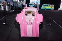 Różowy samochodowy łóżko Zdjęcia Stock