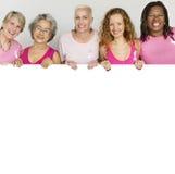 Różowych Tasiemkowych nowotwór piersi dziewczyn kopii przestrzeni Kobiecy sztandar Conce fotografia stock