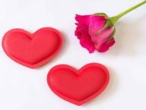 Róże i sercowaty Zdjęcia Stock