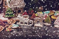 Różni imbirowi ciastka 2017 rok Obrazy Stock