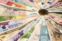 Różni mieszani banknoty obrazy stock