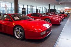 Różnorodne modyfikacje sportów samochody Ferrari Testarossa TR i F512 Obrazy Royalty Free