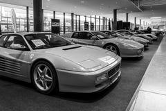 Różnorodne modyfikacje sportów samochody Ferrari Testarossa TR i F512 Zdjęcia Royalty Free