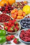 Różnorodne owoc na drewnie Zdjęcia Stock