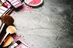 Różnorodni makeup produkty w menchii brzmieniu Obraz Royalty Free