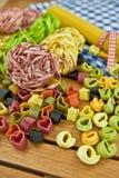 Różnorodny kolorowy makaron Zdjęcie Stock