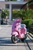 różowa hulajnoga Obrazy Stock