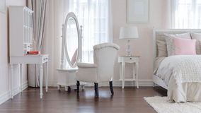 Różowa klasyka stylu sypialnia Zdjęcie Stock