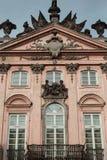 Różowy dziejowy budynek Obraz Royalty Free