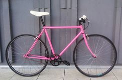 Różowy Pantera rower obraz royalty free