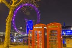 Różowy Westminister i rewolucjonistki telefon w Londyn Obraz Stock