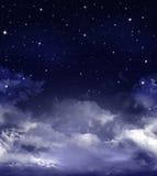 Śródnocny niebo z gwiazdami Zdjęcie Royalty Free