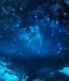 Śródnocny niebo z gwiazdami Zdjęcia Stock