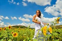 śródpolni lato kobiety potomstwa fotografia royalty free
