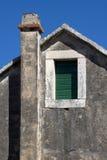 Śródziemnomorski komin na Adriatyckiej wyspie Brac Zdjęcia Stock