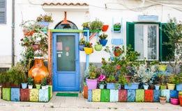 Śródziemnomorski ogródu dom Zdjęcie Stock