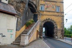 Róg ulicy w starym miasteczku Salzburg, Austria Zdjęcie Royalty Free