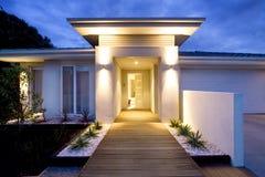 rówieśnika wejścia przodu dom Fotografia Royalty Free