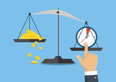 również zwrócić corel ilustracji wektora Pieniądze i czas równowaga na skala Zdjęcia Royalty Free