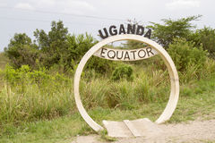Równika sztandar podpisuje wewnątrz Uganda Zdjęcia Royalty Free
