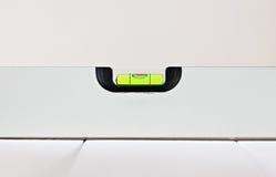 Równy metrowy ścisły wyrównuje bąbla metru wyposażenie obrazy stock