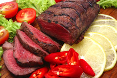 rôti de viande coupé en tranches Images libres de droits