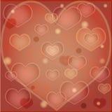 Röd bakgrund med hjärtor Arkivfoto