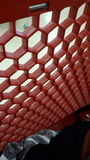 Röd bikupa Arkivbild