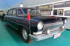 Röd bil av ordföranden mao i museum som är amoy, porslin Royaltyfria Bilder