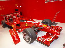 Röd bil- formel 1 Royaltyfri Fotografi