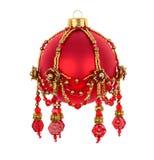 Röd boll för jul med pärlprydnaden Royaltyfri Bild