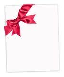 Röd bow på det paper arket Royaltyfria Foton