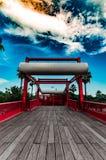 Röd bro i Barcelona royaltyfri foto