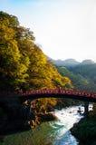 Röd bro, Nikko Fotografering för Bildbyråer