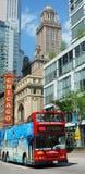Röd buss för Chicago lopp fotografering för bildbyråer