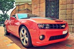 Röd Chevrolet kamé i Monaco. Royaltyfria Foton